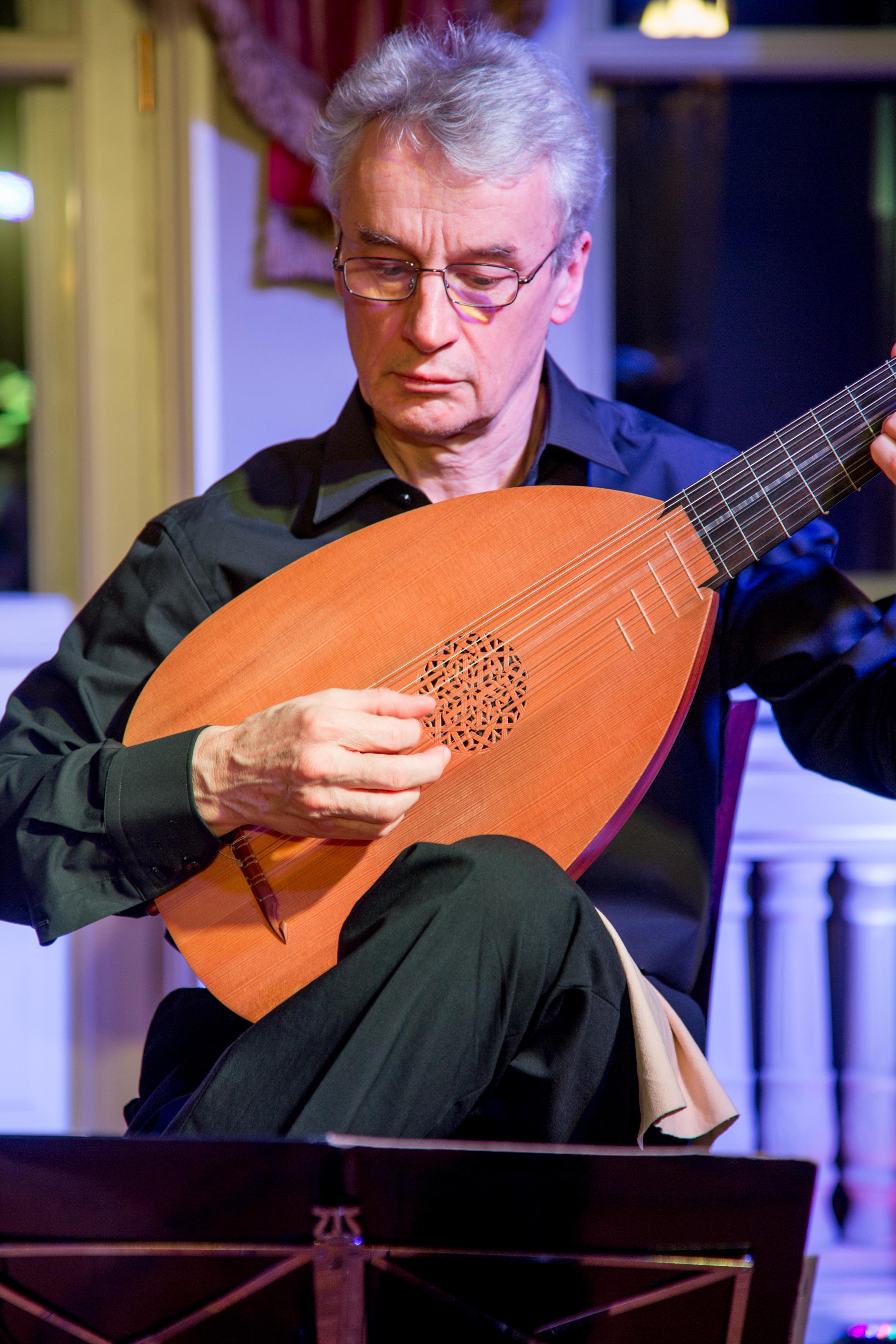 Ireneusz-Trybulec-gitara