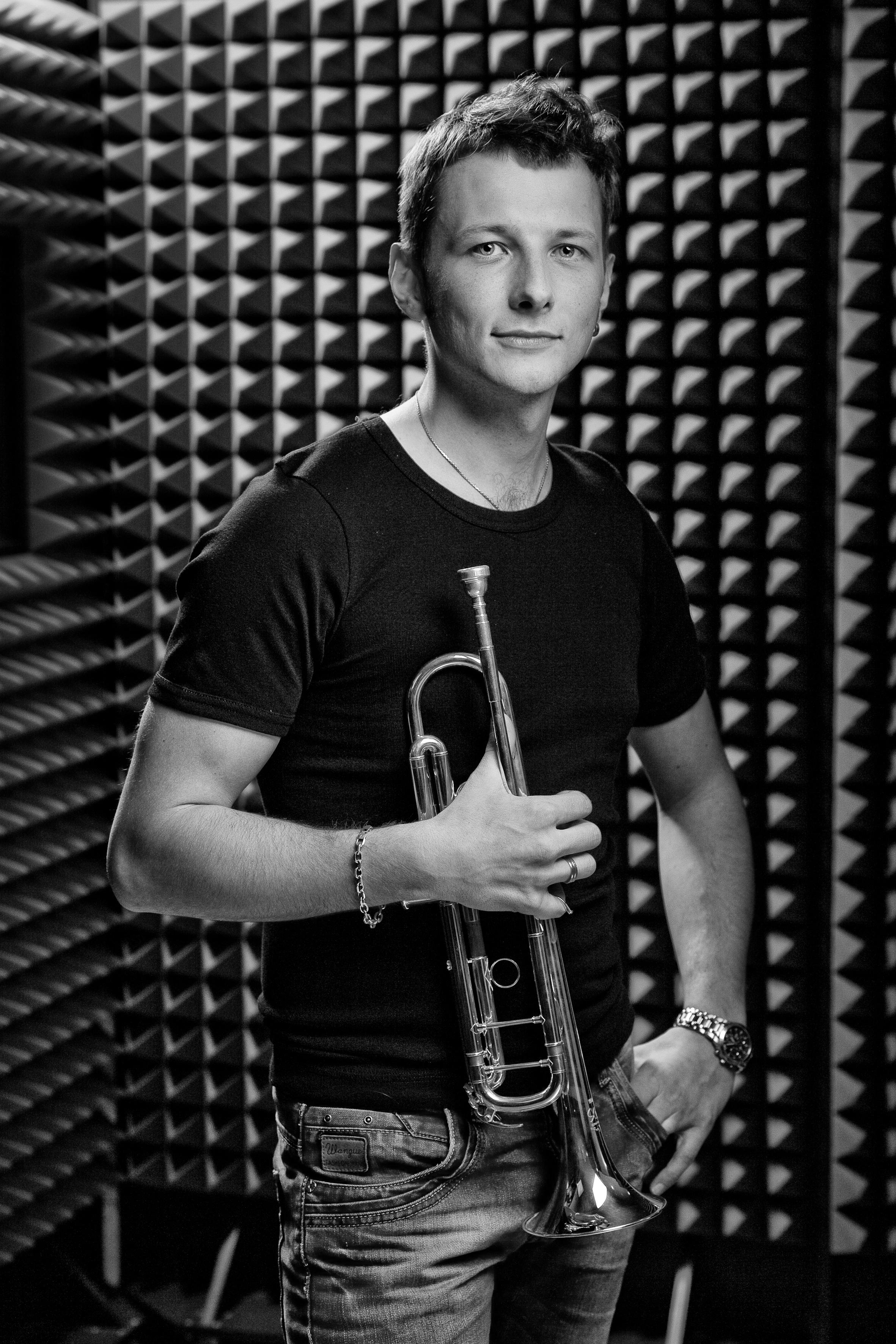 Szymon Dołęga-trąbka-orkiestra